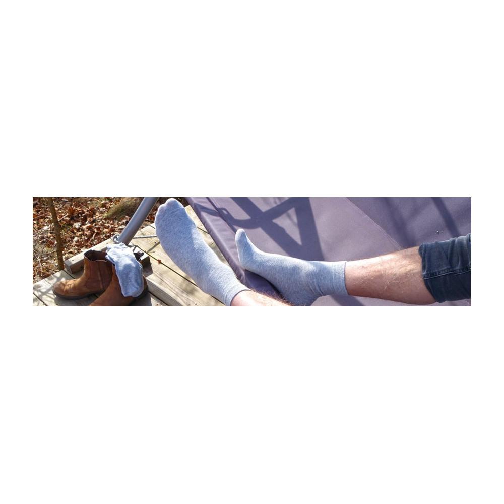 Köp grå strumpor online till lågt pris här - Snabb leverans!